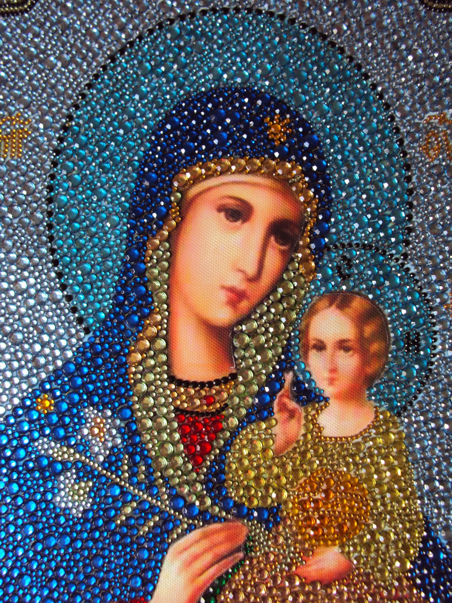 Вышивка иконы алмазной мозаикой
